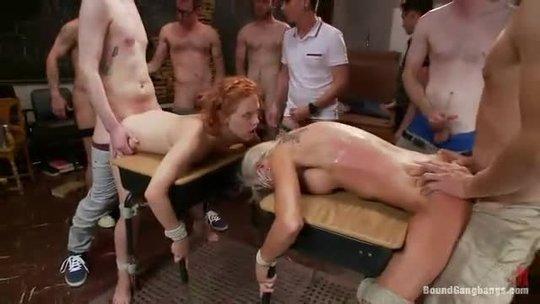 Секс соревнование на выносливость с толпой мужиков